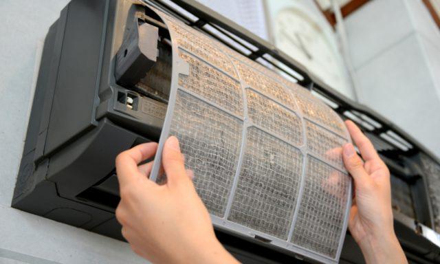所有形態別に、エアコン掃除方法や掃除をする際の注意点をご紹介いたします。