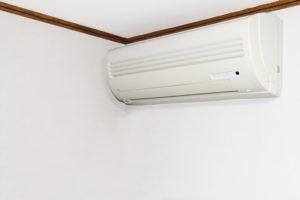 エアコンの買い替え時期など、お得な情報をご紹介します。