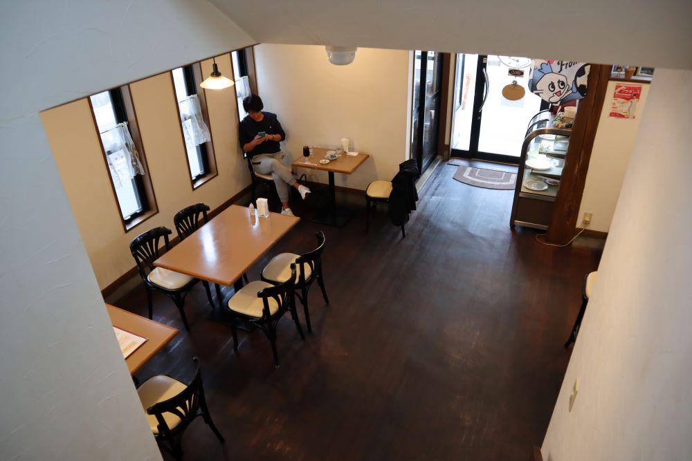 華かんざし店舗(1階)