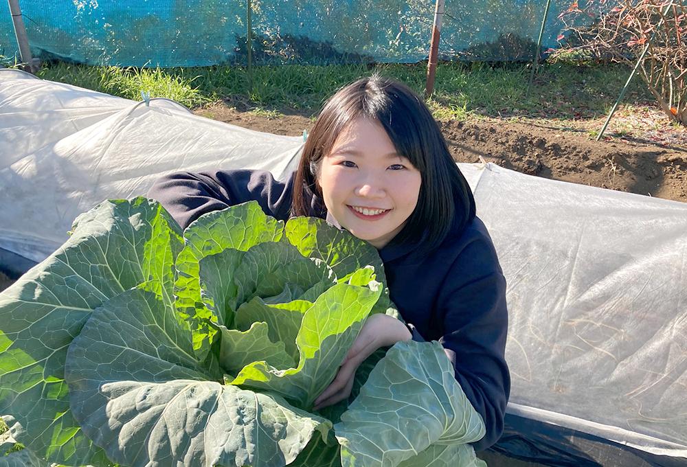 生まれも育ちも神奈川県で、田んぼや畑に囲まれて育ちました。