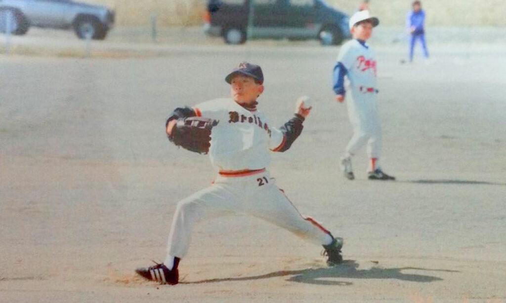 小学校から高校までの12年間は野球漬けの生活を送っていました。